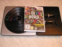 DJ Hero met Draaitafel voor  Nintendo Wii Gebruikt