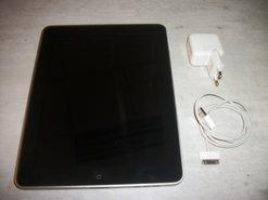 iPad-1--16GB--WiFi--(-A-1219-)-+-Oplader-+-Kabel