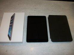 iPad-Mini-Wifi-16GB-Model-A1432--7.9-Inch-Zwart-Zo-goed-als-nieuw--Compleet-in-doos-met-opbergmap