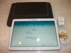 Tablet-Samsung-Galaxy-Tab-2-Wit-met-Hoes-Oplader-en-Kabel